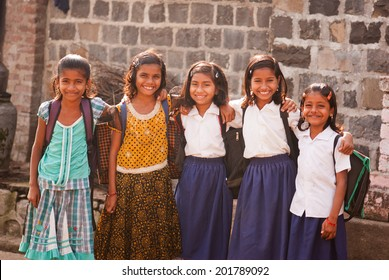SALUNKWADI, MAHARASHTRA, INDIA - November 26, 2013: Indian rural people daily lifestyle, Salunkwadi, Beed , Maharashtra, India