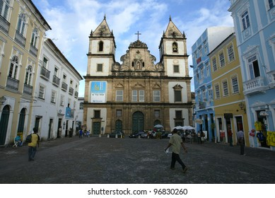 SALVADOR, BRAZIL - AUGUST 1:  Pedestrians walk past the church of Sao Francisco in the Pelourinho area August 1, 2005 of Salvador, Brazil.