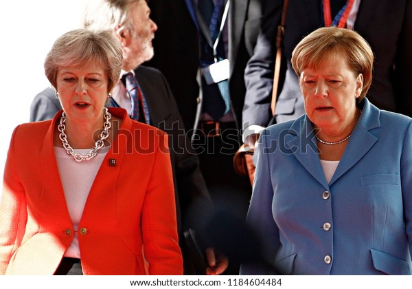 Salzburg, Austria 20th Sep. 2018. Chancellor of Germany, Angela Merkel and Prime Minister of the UK, Theresa May arrive for an Informal meeting of the 28 heads of state or government of EU.