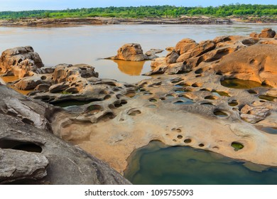 Sam pan bok. Grand canyon at ubonratchathani Thailand.