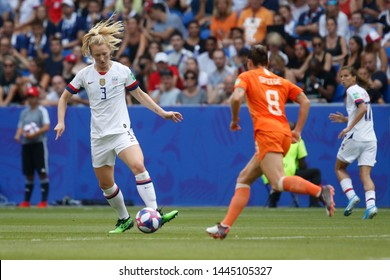 Samantha Mewis of USA and Sherida Spitse of Netherlands during the FIFA Women's World Cup France 2019 Final football match USA vs Netherlands on 7 July 2019 Groupama Stadium Lyon France