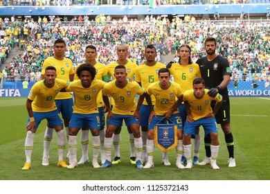 SAMARA -RUSSIA - JULY 02, 2018: Brazil  and MEXICO team posing for a photo during the FIFA 2018 World Cup. Brazil is facing MEXICO  in at SAMARA ARENA