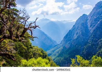 samaria canyon crete