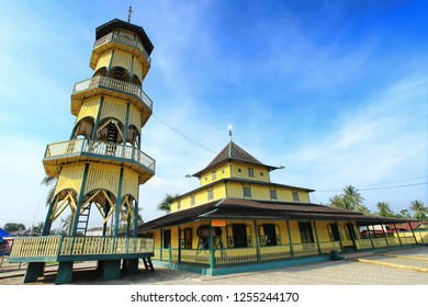 Samarinda East Kalimantan Indonesia, Maret 2 2017 : Shiratal Mustaqim's old mosque