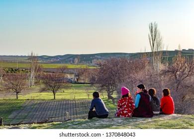 SAMARkAND, UZBEKISTAN - MARCH 23, 2012: Children in a village near Samarkand.