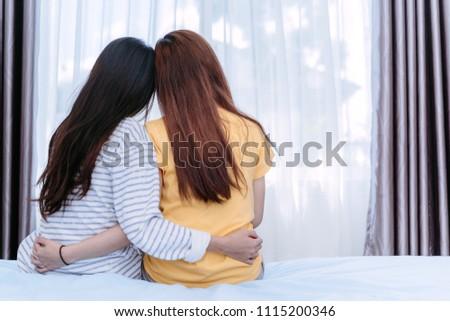 Lesbiennes dans chaud sexe
