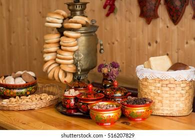 samovar, bagels, tea, coffee