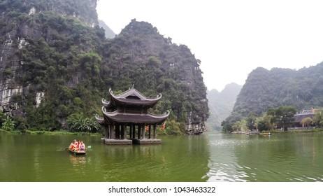 Sampan Boat trip at Trang An River, Ninh Binh, Vietnam