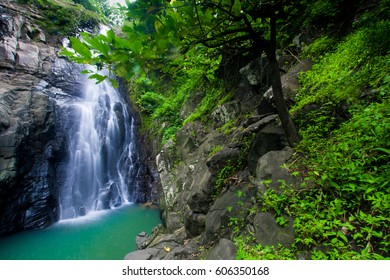 Sampang Waterfall / Air Terjun Luweng Sampang