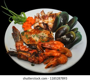 Sampler Seafood Platter with Steamped Mussels, Grilled Shrimp, Squid and Halibut