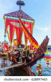 SAMPORNA SABAH, MALAYSIA - APR 22, 2017: Traditional Bajau boat called Lepa-Lepa decorated during Regatta Lepa in Samporna.