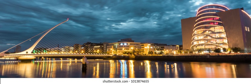 Samuel Beckett bridge after sunset on a cloudy day
