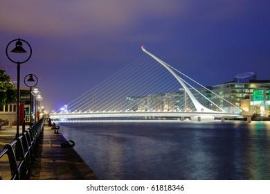Samuel Beckett Bridge in Dublin at night (resembling harp)