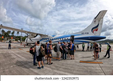 SAMUI, SURAT THANI / THAILAND - NOVEMBER 11 2018: Passenger boarding into ATR72-600 of Bangkok Airways flight from Samui to Phuket at Samui airport