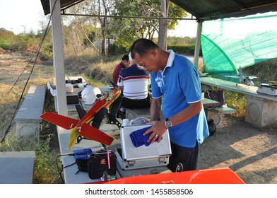 Samut Sakhon, Thailand - June 16, 2019: Men do not know the nickname of the RC aircraft, forced by the radio, for a happy holiday in Samut Sakhon, Thailand.