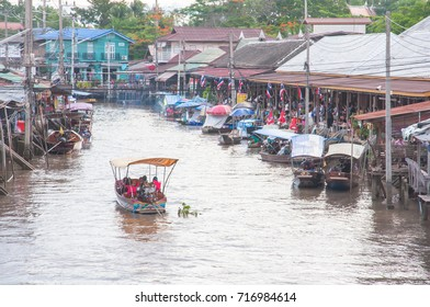 Samut Sangkhram Thailand, June 24,2017:The tourists are in the boat  to see amphawa floating market in samut Songkhram.