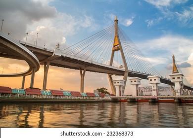 SAMUTPRAKARN,THAILAND - NOVEMBER 12, 2014 : Bhumibol Bridge in Thailand, also known as the Industrial Ring Road Bridge, in Thailand. The bridge crosses the Chao Phraya River twice.
