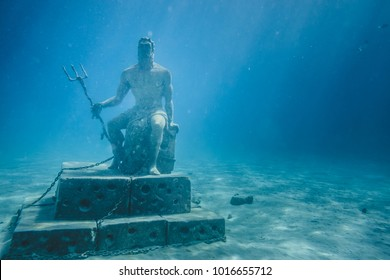 SAN ANDRES ISLAND, Colombia _ Circa March 2017. Poseidon Statue Attraction at 10m Underwater near the Piscinita.