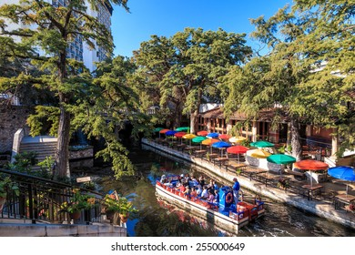 SAN ANTONIO, TEXAS, USA - SEP 27: Section of the famous Riverwalk on September 27, 2014 in San Antonio, Texas. A bustling place with many restaurants and bars.