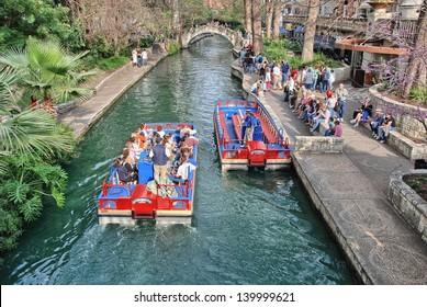 SAN ANTONIO, TX - MAR 15: Tourists enjoy city streets during Alamo Irish Festival, March 15, 2008 in San Antonio, TX. Festival is held from March 14-16.
