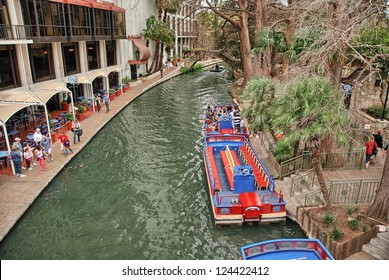 SAN ANTONIO, TX - MAR 16: A view of the crowded historic riverwalk during Alamo Irish Festival, March 16, 2008 in San Antonio, TX. Festival is held from March 14-16