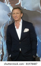 """SAN DIEGO, CA - JULY 23: Daniel Craig arrives at the world premiere of """"Cowboys and Aliens"""" on July 23, 2011 at the Civic Theatre in San Diego, CA."""
