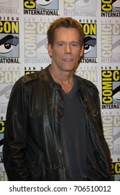 San Diego, CA - July 27 2014:  Kevin Bacon of Fox's The Following arrives at Comic Con 2014 in San Diego, CA.
