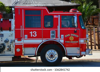 San Diego Fire-rescue Images, Stock Photos & Vectors