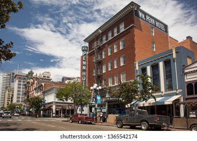 San Diego, California, USA – August 1, 2017: Horizontal view of the vintage Wm. Penn Hotel façade and signs at 5th Ave, Gaslamp Quarter