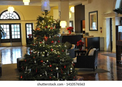 SAN DIEGO, CALIFORNIA / USA - DECEMBER 3 2009:  Decorated Christmas tree in the lobby of 500 West Hotel Residence at 500 West Broadway decorated for Christmas in downtown San Diego.