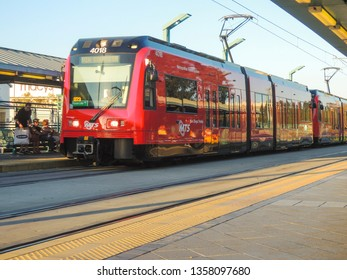 SAN DIEGO, CALIFORNIA / USA - September 15 2013: A San Diego trolley mts arriving to the fashion valley area station.