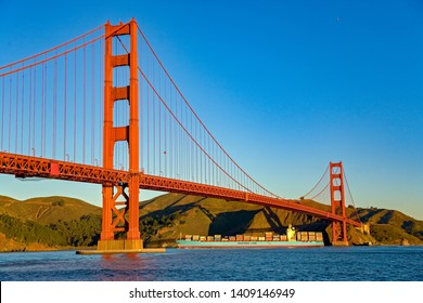 San Francisco - 1/12/2007: The Golden Gate Bridge is a suspension bridge spanning the Golden Gate, the one-mile-wide strait, connecting San Francisco and Marin County, carrying  U.S. Route 101