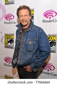 """SAN FRANCISCO - APRIL 3:  Marc Singer arrives to promote """"V"""" at the Wonder-Con convention within the Moscone Center on April 3, 2011 in San Francisco, California"""