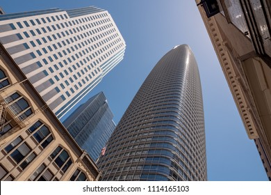SAN FRANCISCO, CA - JUNE 16, 2018: A skyward view of Salesforce Tower