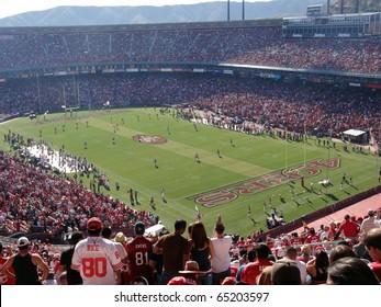 SAN FRANCISCO, CA - NOVEMBER 14: St.Louis Rams vs. San Francisco 49ers: lining up ready for the start of game kickoff play at Candlestick Stadium San Francisco California Sunday November 14 2010.
