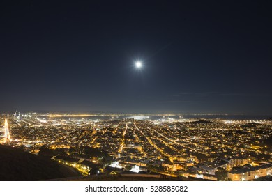 San Francisco, California, USA Full Moon