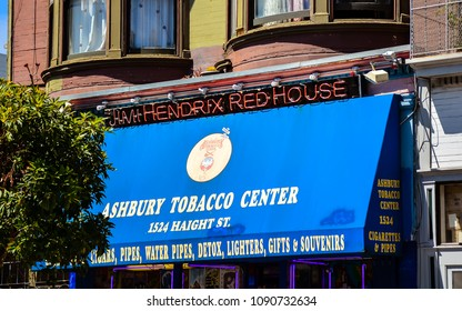 San Francisco, CA/USA - Aug. 24, 2014: Jimi Hendrix Red House - This was Jimi Hendrix's apartment when he lived in the Haight-Ashbury district of San Francisco, CA.
