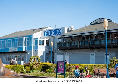 SAN FRANCISCO, CA/USA - FEBRUARY 03, 2018: Tourists visit San Francisco's  Pier 39 near Fisherman's Wharf