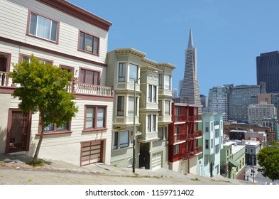 San Francisco downtown skyline in California, USA