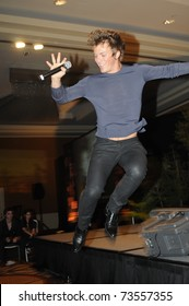 """SAN FRANCISCO - FEBRUARY 12.  Charlie Bewley demonstrates his enthusiasm for the """"Twilight"""" film franchise during the """"Creation"""" convention in San Francisco on February 12, 2010."""
