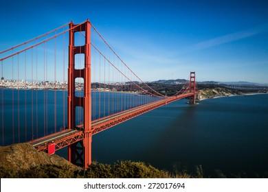 San Francisco Golden Gate Bridge and cityscape at sunset