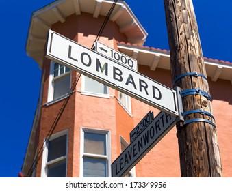 San francisco Lombard Street sign with Leavenworth California USA