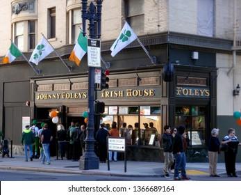San Francisco -  March 13, 2010:  Line outside Johnny Foley's Irish House on St. Patrick's Day.