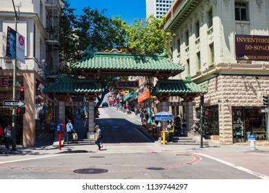 San Francisco May 29 Usa Chinatown In San Francisco Usa San