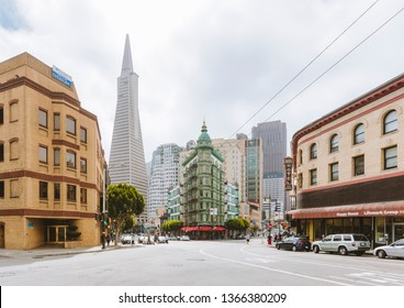 SAN FRANCISCO - SEPTEMBER 3, 2016: Central San Francisco with famous Transamerica Pyramid and historic Sentinel Building (Columbus Tower) at Columbus Avenue on a beautiful sunny day, California, USA