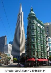 SAN FRANCISCO, USA - CIRCA AUGUST 2012: Transamerica Pyramid skyscraper