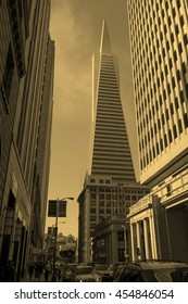 SAN FRANCISCO, USA - JULY 31, 2014: View of the city of San Francisco in California USA - vintage sepia look