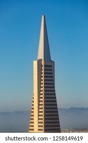 SAN FRANCISCO, USA - JUNE 20, 2012: skyscraper transamerica pyramid in San Francisco.