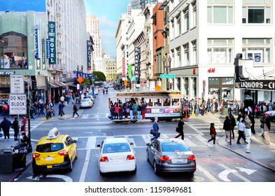 SAN FRANCISCO, USA - MAY 19 2015:Traffic on Powell Street.San Fransisco has a density of about 18,187 people per square mile (7,022 people per km2), making it the most densely large city in California