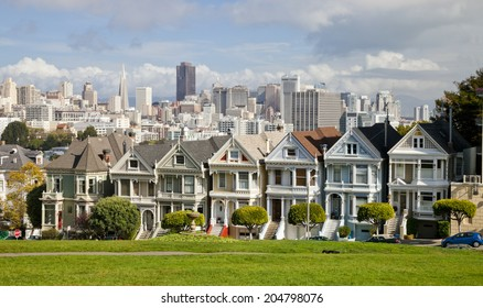 SAN FRANCISCO, USA - NOVEMBER 1st, 2012: Painted Ladies in San Francisco on November 1st, 2012. It is the row of Victorian houses at Steiner Street. They were built by developer Matthew Kavanaugh